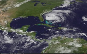 Latest-Nasa-Satellite-Image-Of-Hurrican-Irene-3-AM-August-26-630p-290x181