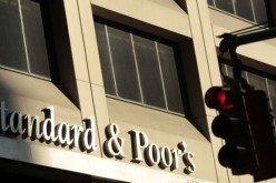 S&P lowers rating of 5 Spanish banks