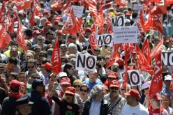 $125 Billion Bank Bailout Announcement Sparks Massive Protests In Spain