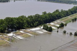 Southern US Communities Brace for Massive Flooding