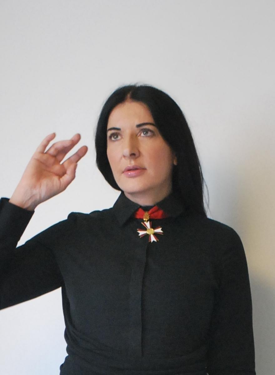 shooting-the-shit-with-marina-abramovic-1413327439089-crop_photo