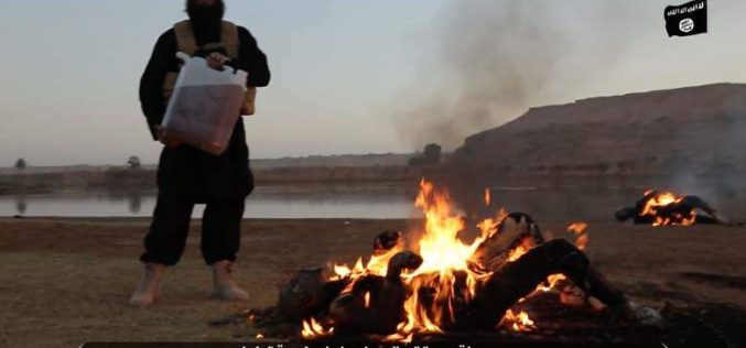 Video: ISIS Burns Alive 2 Chained Turkish Soldiers in Aleppo