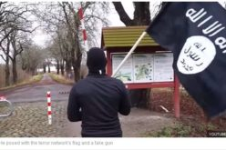 """ISIS Fighter"" With Gun and Flag Walks Through German Border Checkpoint"